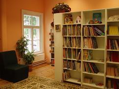 Algklasside maja raamatukogu
